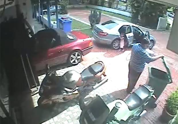 Homem cometeu o crime enquanto estava acompanhado da filha pequena. (Foto: Reprodução/YouTube)