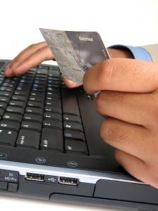 É possível comprar com segurança pela internet (Foto: Divulgação)