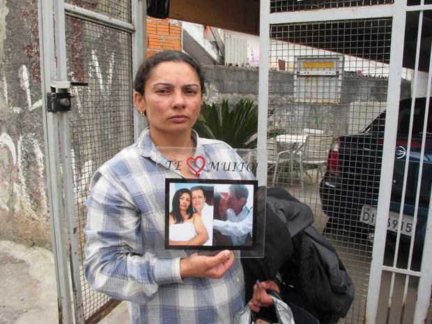 Mulher do motorista (Foto: Juliana Cardilli/G1)