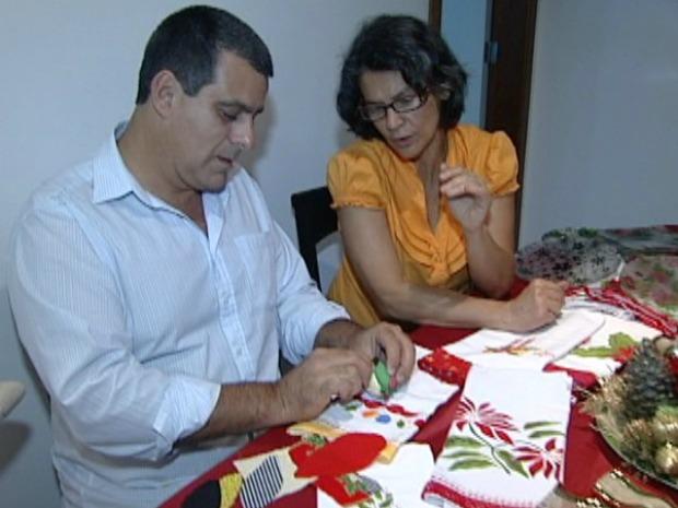 Organizador Armario Limpieza Ikea ~ G1 Pacientes com doença de parkinson produzem enfeites de Natal, no ES notícias em Espírito