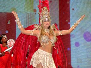 Atriz participou da gravação dos clipes de carnaval da TV Globo (Foto: Rodrigo Vianna / G1)