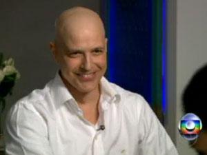 Gianecchini volta a ser internado  (Foto: Reprodução / TV Globo)