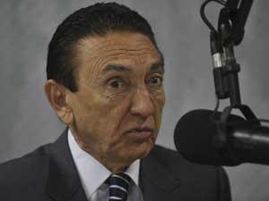 O ministro de Minas e Energia, Edison Lobão, participou do Bom Dia Ministro nesta quinta-feira (Foto: Agência Brasil)