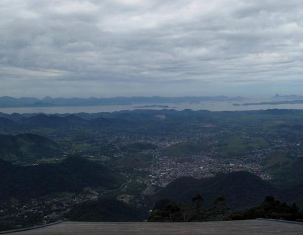 Museu de Cera e palácios levam turistas a Petrópolis