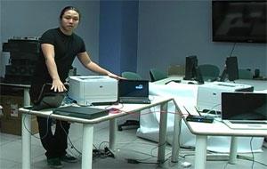 Ang Cui em laboratório de pesquisa na Universidade de Columbia (Foto: Divulgação)