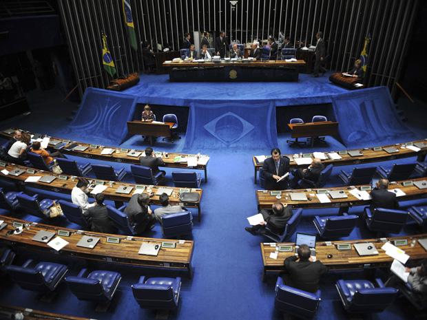 Plenário do Senado durante votação do projeto de lei 121/2007, que define as despesas na área de saúde (Foto: Fabio Rodrigues Pozzebom/ABr)