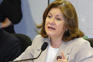A ministra Miriam Belchior, durante audiência no Senado (Foto: Agência Senado)