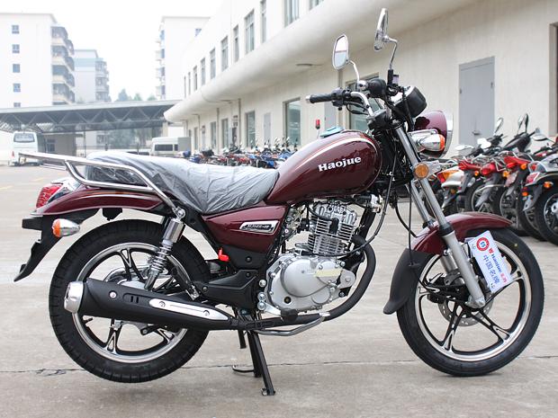 Motocicleta de 125 cm³ está em desenvolvimento na China (Foto: Rafael Miotto/G1)