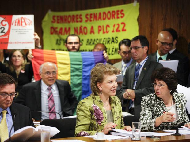 A senadora Marta Suplicy, relatora do projeto que criminaliza a homofobia na Comissão de Direitos Humanos (Foto: Agência Senado)