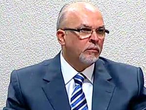 O ministro das Cidades, Mário Negromonte, em audiência no Senado (Foto: Reprodução / TV Globo)