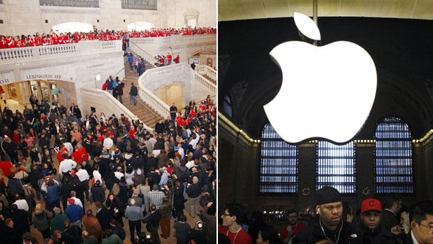 A Apple inaugurou nesta sexta-feira (9) sua nova loja em Nova York, na estação Grand Central, na 5ª Avenida. Centenas de clientes fizeram fila na inauguração da loja, que conta com 315 funcionários. (Foto: Eduardo Munoz/Reuters)