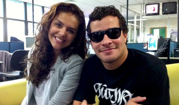 Peça é encenada pelos atores Thiago Martins e Paloma Bernardi (Foto: Juirana Nobres / G1)