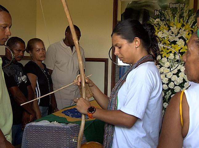enterro mestre joão pequeno (Foto: Reprodução/TV Bahia)