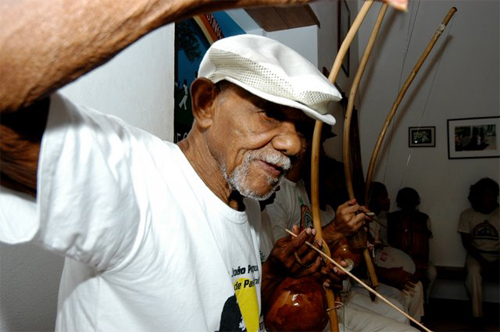 Joao Pequeno, capoeira master, died at 93 on Friday, 09 December, 2011 in Salvador Bahia