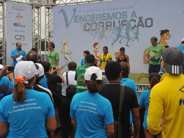 Premiação da 2ª Corrida e Caminhada Venceremos a Corrupção, que faz parte das atividades para lembrar o Dia Internacional contra a Corrupção (Foto: Antonio Cruz/ABr)