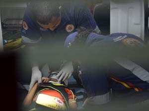 Boi fere criança na Paraíba (Foto: Walter Paparazzo/G1)