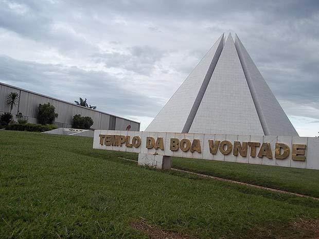 Templo da Boa Vontade, em Brasília, um dos locais mais visitados da cidade, que atrai pessoas em busca de paz (Foto: Raquel Morais/G1)