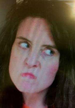 De topless e bêbada, Anita Henderson Harris foi presa por agressão. (Foto: Divulgação)