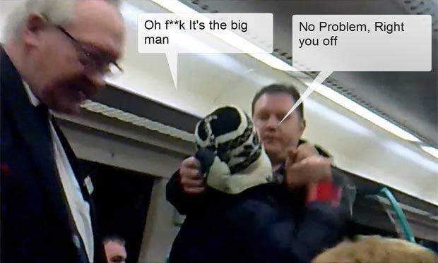 Vídeo que mostra jovem sendo expulso de trem por passageiro faz sucesso na web. (Foto: Reprodução/YouTube)