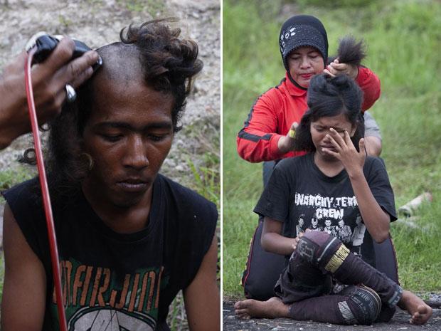 Nem as meninas escaparam da punição (Foto: Reuters (esq.) e AFP)