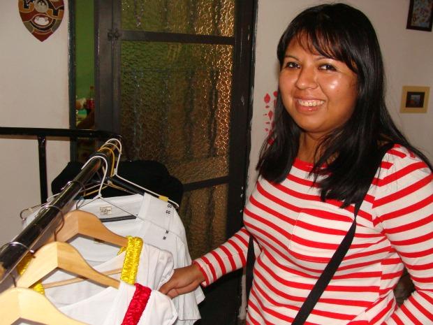 Jovem designer prepara primeiro desfile de moda kadiwéu (Foto: Aliny Mary Dias / G1 MS)