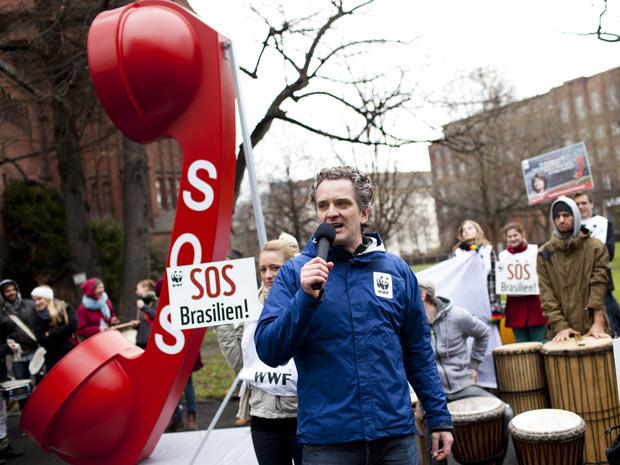 protesto código florestal na Alemanha (Foto: Divulgação/Dirk Mathesius/WWF Germany)
