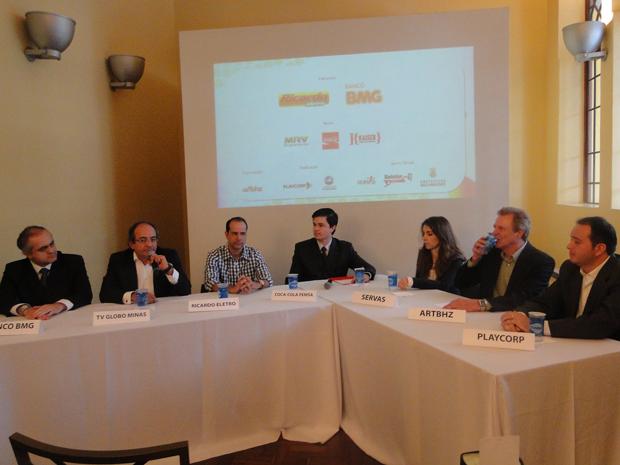 Organizadores e patrocinadores durante a abertura do evento  (Foto: Flávia Cristini/G1)