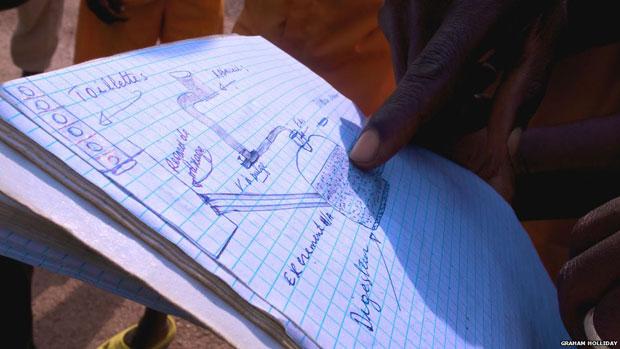 Uma das cozinhas de Nsinda funciona à base de biogás. Alguns dos detentos são engenheiros de formação e colaboraram com o Instituto de Tecnologia de Kigali na criação de um sistema de tubulação que alimenta a usina de biogás construída nos fundos do presídio (Foto: Graham Holliday)