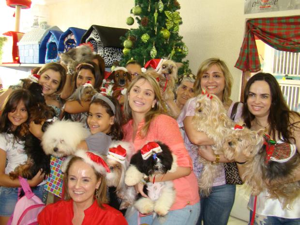 Participantes estabeleceram preço de R$ 15,00 par presentes (Foto: Narriman Coelho / Divulgação)