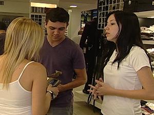 Rariane trocou o emprego fixo pelo temporário (Foto: Reprodução/TV Integração)