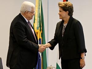 O presidente da Autoridade Palestina, Mahmoud Abbas, em encontro com Dilma Rousseff, no Palácio do Planalto, em janeiro (Foto: Roberto Stuckert Filho/PR)