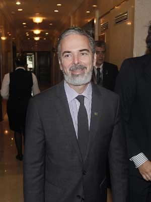 O ministro das Relações Exteriores do Brasil, Antonio Patriota, em reunião do Mercosul nesta segunda-feira (19) (Foto: Reuters)