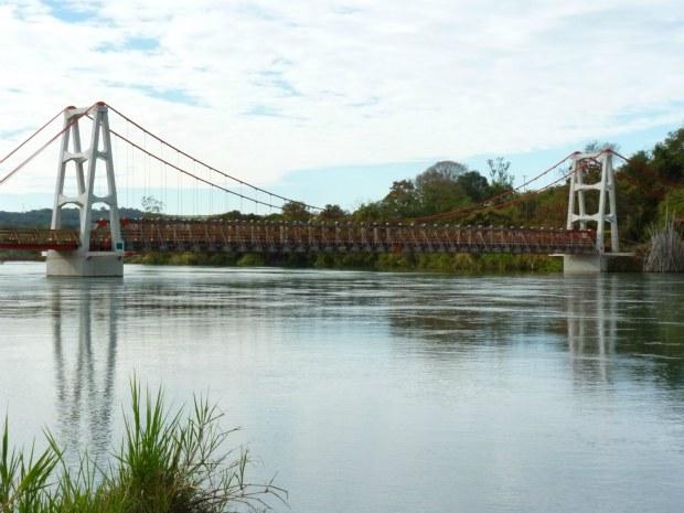 Ponte Pênsil em Ribeirão Claro (Foto: Divulgação)