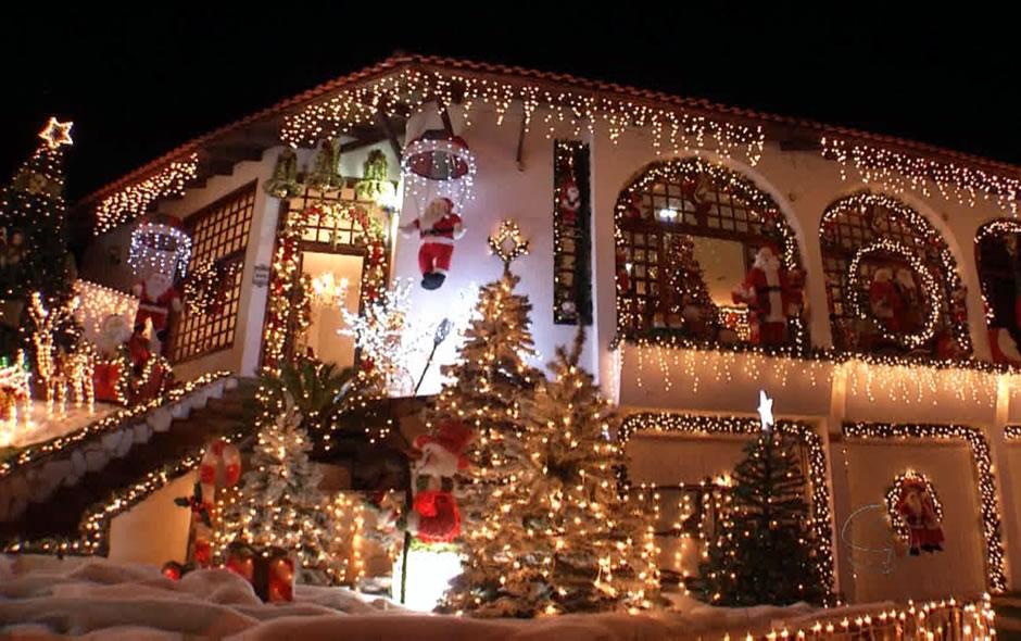 Advogado de Cuiabá transforma a própria residência na 'Casa do Papai Noel' em Cuiabá