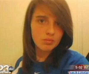 Alisa, que entrou em contato com a mãe pelo Facebook após quatro meses desaparecida (Foto: Reprodução)