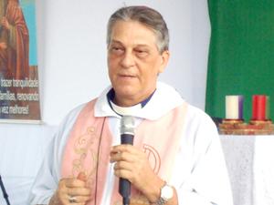 Dom Algo Paggotto celebra a Missa da Véspera de Natal (Foto: Divulgação)