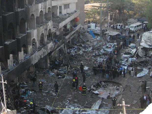 Cerca de 11 locais foram atacados, segundo governo iraquiano (Foto: Hadi Mizban/AP)