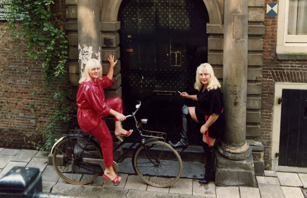As irmãs começaram a se prostituir ainda juvens (Foto: Divulgação/'Meet the Fokkens'/Submarine Productions)