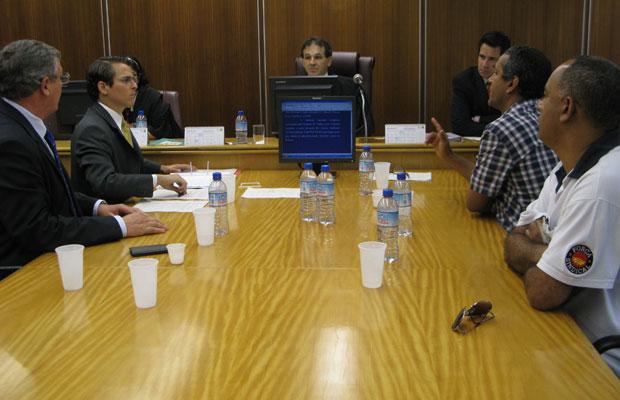Reunião no TRT entre aeroviários de SP e empresas terminou sem acordo (Foto: Darlan Alvarenga/G1)