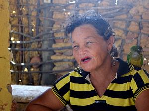 Contadora de historia dona Delmira (Foto: Kélvia Alves/Arquivo Pessoal)