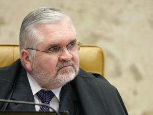 Procurador-geral da República Roberto Gurgel disse que vai analisar que tipo de informação financeira sobre juízes o CNJ recebeu (Foto: Carlos Humberto/SCO/STF)