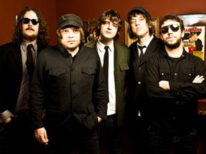 Músicos da banda Cachorro Grande (Foto: Gustavo Vara)