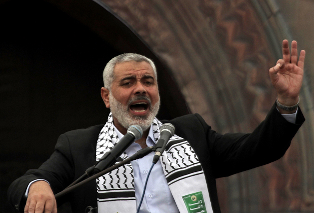 Ismail Haniyeh discursa para o povo palestino em Gaza na véspera de Natal. (Foto: Said Khatib / AFP Photo)