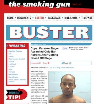 Reportagem do site 'Smoking Gun' mostra foto de Johnson após ter sido detido (Foto: Reprodução)