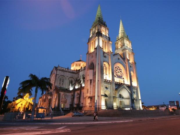 Catedral é uma das igrejas que faz parte do passeio. (Foto: Agência Diário)