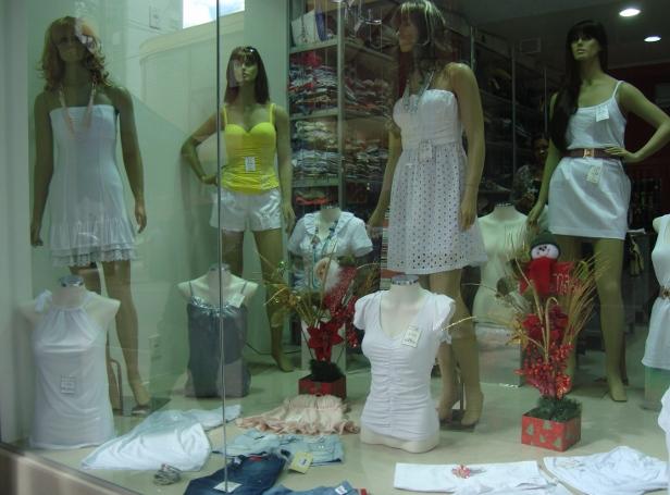 Lojas ee preparam para as vendas de réveillon em Sorocaba, SP (Foto: Tássia Lima / G1)