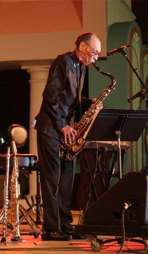 Saxofonista Sam Rivers morreu aos 88 anos de pneumonia. (Foto: Divulgação/Wikimedia Commons)