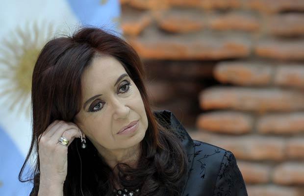 A presidente da Argentina, Cristina Kirchner, em solenidade na Casa Rosada em 13 de junho (Foto: AP)