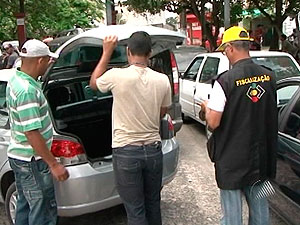 Servidores do Ciretran em Feira de Santana são investigados por fraude (Foto: Reprodução/TV Subaé)