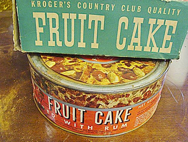 Bolo de frutas de 70 anos foi vendido por cerca de R$ 985. (Foto: Divulgação)